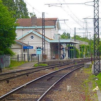 Gare de Bièvres. RER C / Grande Ceinture