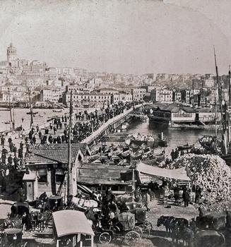 Pont de Galata. Vue stéréoscopique, 1899. Collection particulière d'Edmond Bonan