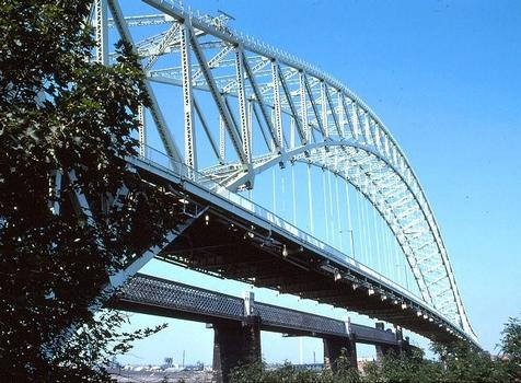 Runcorn Bridge. Silver Jubilee Bridge