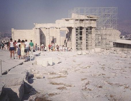 Propyläen, Athen