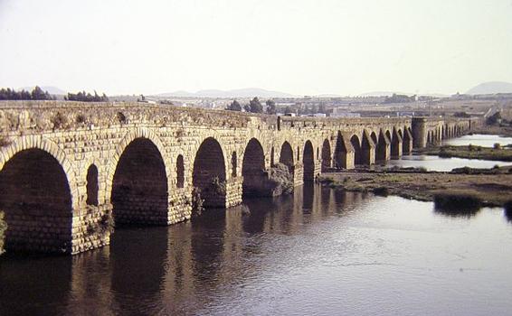 Pont romain, Mérida
