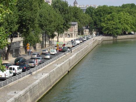 Voie Georges Pompidou, en semaine vers 18 heures. Entre Pont Marie et Pont Sully (II)