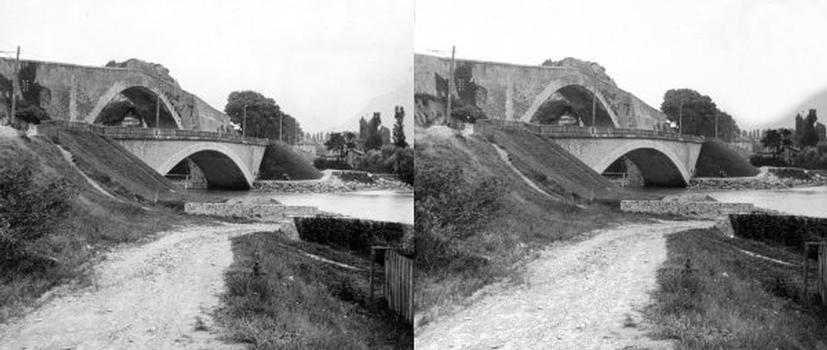 Bridges at Claix — Stereoscopic View around 1880.