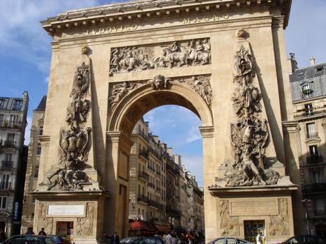 Porte Saint-Denis, Paris 10e