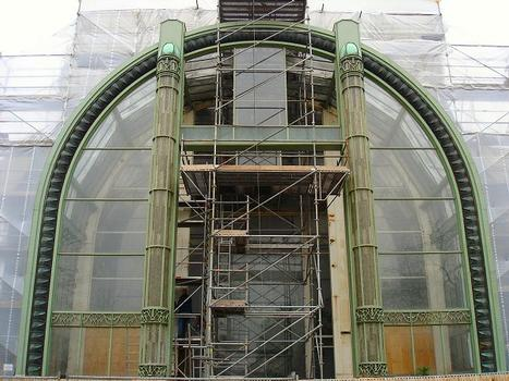 National Museum of Natural History, Paris. Restoration of the tropical greenhouse