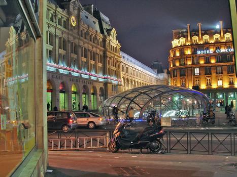 Gare Saint-Lazare et coupole de la station RER E