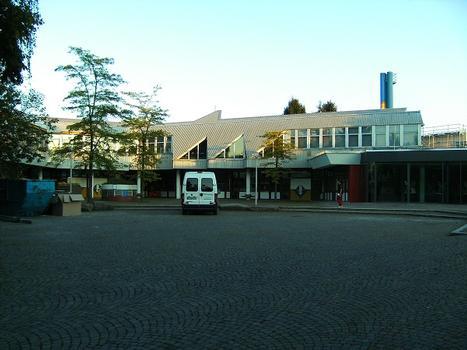 Schulgebäude Gymnasium Unterrieden