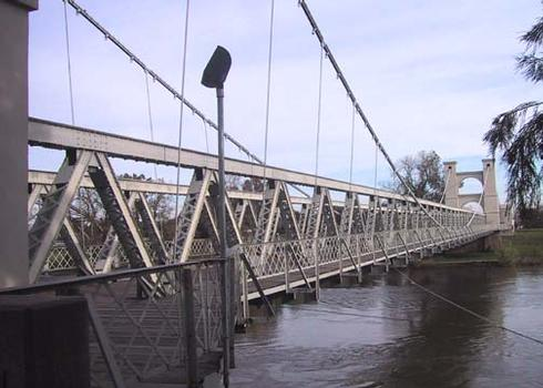 Waco, Texas; suspension bridge. Completed 1870. Roebling cables