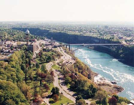 Rainbow Bridge, Niagara Falls.