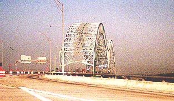 DeSoto Bridge, Memphis.