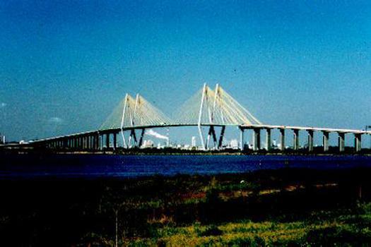 Fred Hartman Bridge, Baytown / LaPorte, Texas.