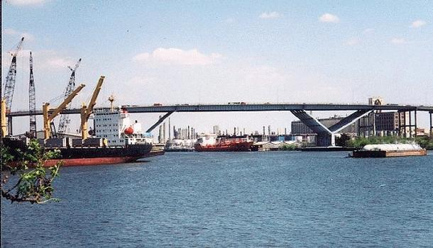 Sidney Sherman Bridge  Ansicht von Brady Island
