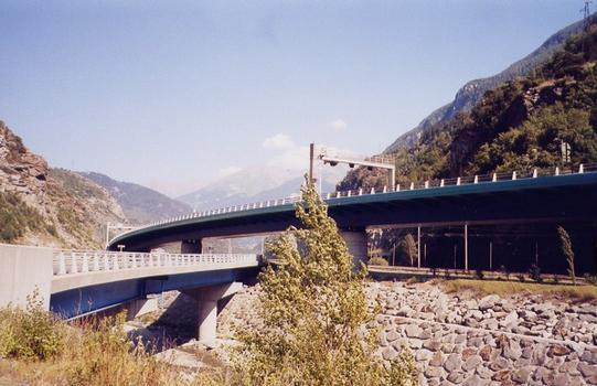 Pont des Chèvres Viaduct