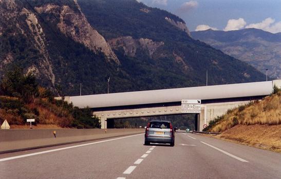 Kanalbrücke Saint-Julien.