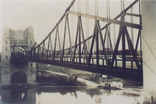 Walter Taylor Bridge, Brisbane. Bridge is completed, though ferry service continues.  From the private collection of J. S. Robertson Photo curtesy of Marjorie Glasgow