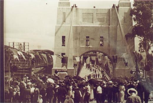 Walter Taylor Bridge, Brisbane. Opening ceremony.  From the private collection of Walter Tayler Image curtesy of Rev. Dr. Noel Davis
