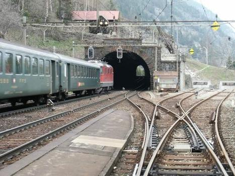 Gotthard railroad : Area of the station Wassen, and middle Entschigtal-gallery