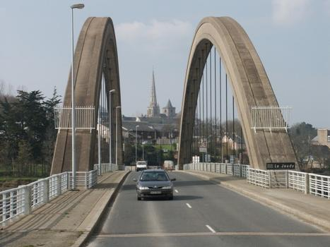 Pont Canada, Canada-Bridge