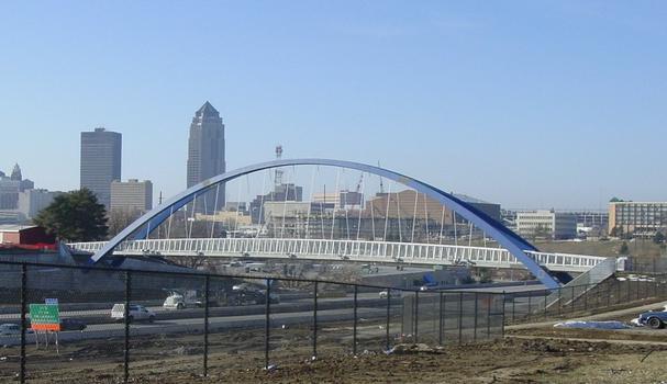 I-235 Pedestrian Bridge, Des Moines