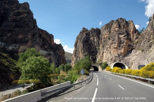 Autovia A 44 – E 902 (Andalucia), les tunnels du PUERTO DEL CARRETERO (Sierra de Lucena), entre Jaén et Granada