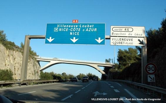 Überführungsbauwerk Hauts-de-Vaugrenier bei Villeneuve-Loubet über die A8