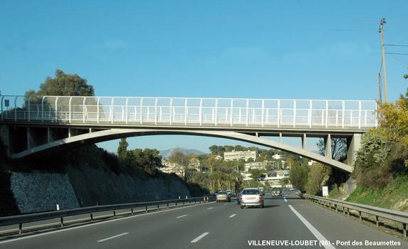 Beaumettes-Brücke in Villeneuve-Loubet über die A 8