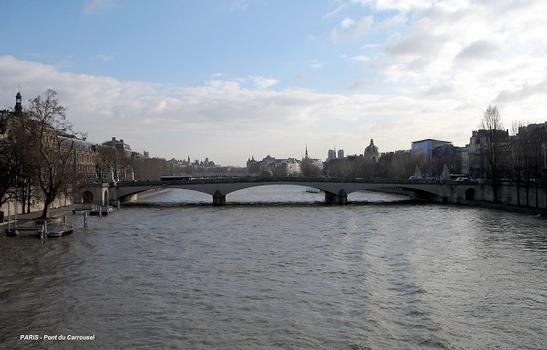 PARIS – Pont du Carrousel