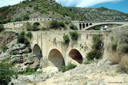 Gorges de L'Hérault (34) – Le « Pont du Diable », sur l'Hérault