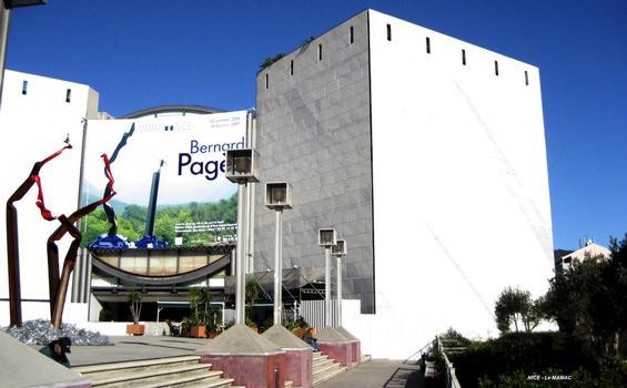 NICE – Musée d'Art Moderne et d'Art Contemporain, façade sud