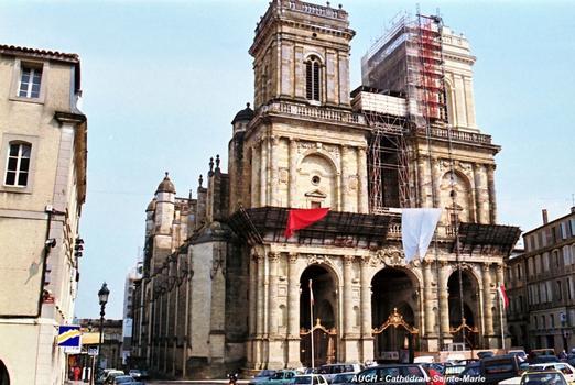 AUCH (32, Gers) – Cathédrale Sainte-Marie (15e au 17e siècle)