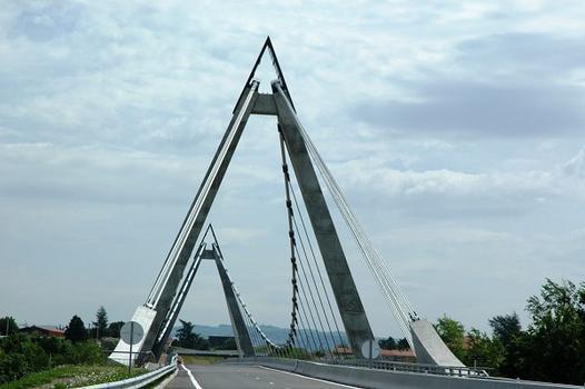 Saint-Just - Saint-Rambert (42170, Loire) - Grand Pont sur la Loire, route D 498 : Saint-Just - Saint-Rambert (42170, Loire) - Grand Pont sur la Loire , route D 498