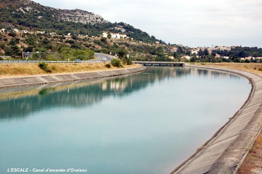 L'ESCALE (04160, Alpes-de-Haute-Provence) – Canal EDF d'Oraison, au départ du barrage de L'Escale, débit 270 m³/sec