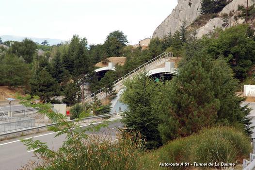 Autoroute A 51 – «Val-de-Durance» - Tunnels de La Baume, têtes d'ouvrage sud (commune de Sisteron, 04200)