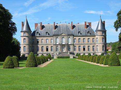 Schloss Haroué