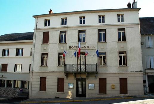 Rathaus (Bort-les-Orgues)