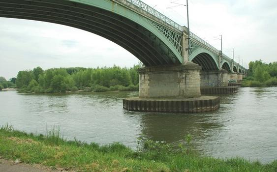Nevers Railroad Bridge