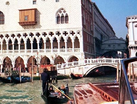 Ponte della Paglia (Venice)