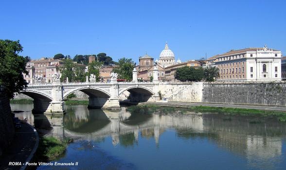 Rome - Vittorio Emanuele II Bridge