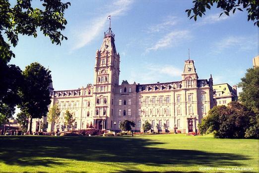 QUEBEC (Région Capitale-Nationale) – Hôtel du Parlement de la Province