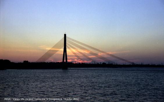 Pont Vansu (Vansu tilts) sur la Daugava, Riga
