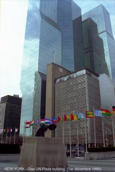 NEW-YORK - les tours du «One UN-Plaza», à l'angle de first-Avenue et 44th St