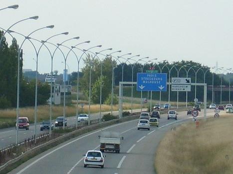 Autoroute A 35 à Habsheim, 68/Haut-Rhin (vues en direction du Nord)