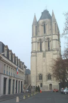 Saint-Aubin Tower, Angers
