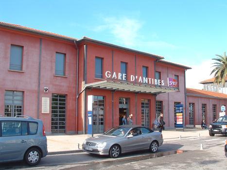 Bahnhof von Antibes