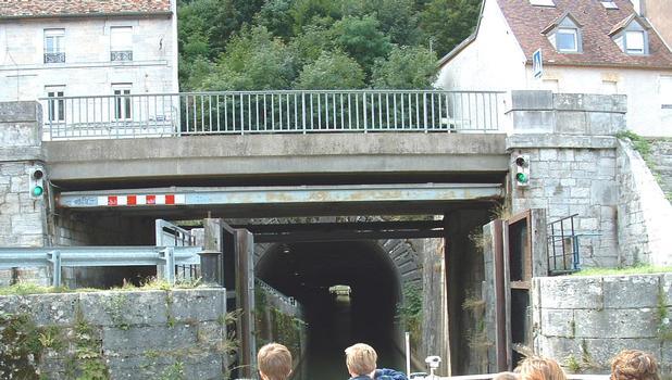 Kanaltunnel unter der Zitadelle von Besançon