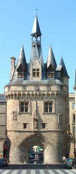 Bordeaux: La Porte Cailhau (XVème siècle)