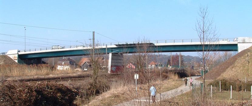 Brücke im Zuge der D 8 in Brunstatt