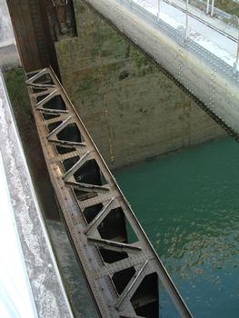 Ottmarsheim Locks