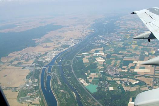 Rhein und Rheinseitenkanal