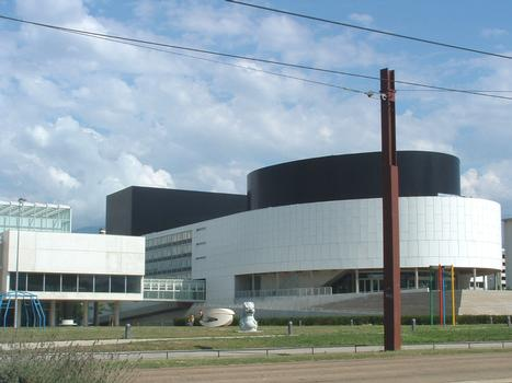 Le Cargo, cultural center in Grenoble